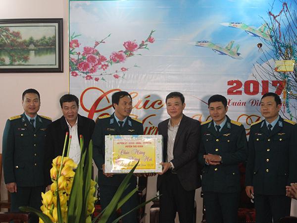 Thiếu Tướng Nguyễn Văn đảm Pho Tư Lệnh Quan Chủng Pk Kq Kiểm Tra Sẵn Sang