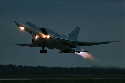 an-do-muon-so-huu-may-bay-nem-bom-sieu-am-tu-22m3