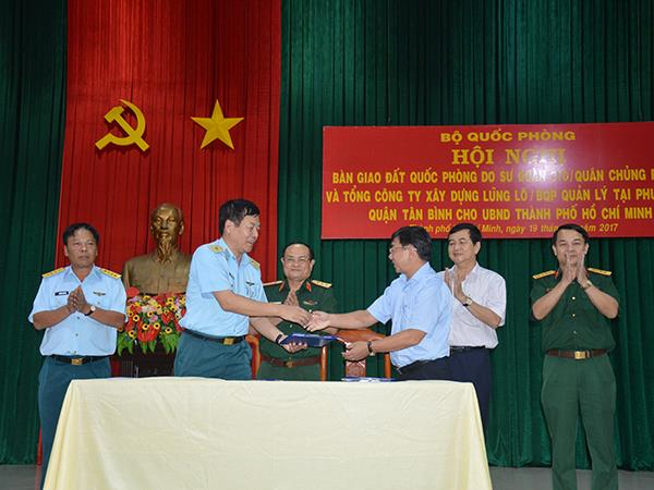 bo-quoc-phong-ban-giao-7-379m2-dat-quoc-phong-cho-ubnd-tp-ho-chi-minh