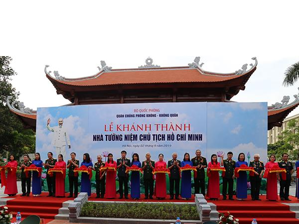 quan-chung-phong-khong-khong-quan-khanh-thanh-nha-tuong-niem-chu-tich-ho-chi-minh