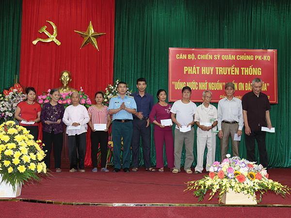 quan-chung-phong-khong-khong-quan-lam-cong-tac-dan-van-tai-huyen-my-duc