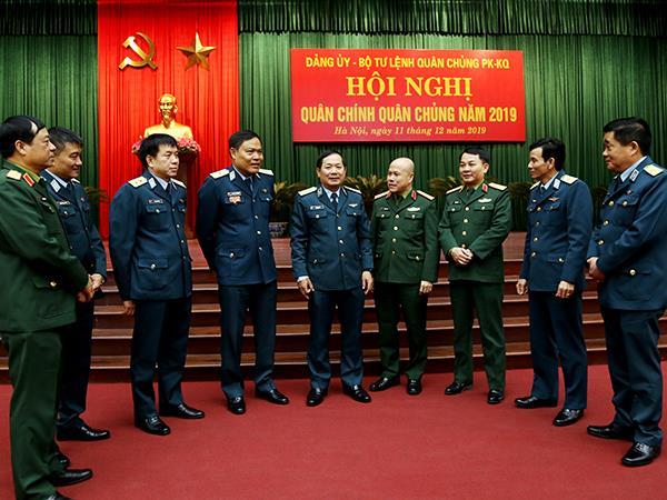 quan-chung-phong-khong-khong-quan-to-chuc-hoi-nghi-quan-chinh-nam-2019