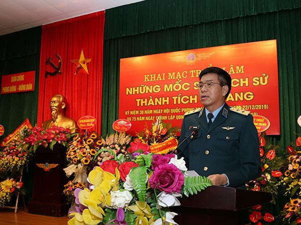 """quan-chung-pk-kq-khai-mac-trien-lam-""""nhung-moc-son-lich-su-thanh-tich-ve-vang"""""""