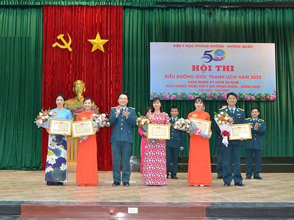 soi-noi-hoi-thi-dieu-duong-gioi-thanh-lich-nam-2020
