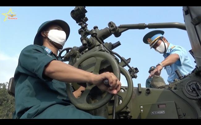 su-doan-375-dieu-chinh-cach-thuc-huan-luyen-trong-dai-dich-covid-19