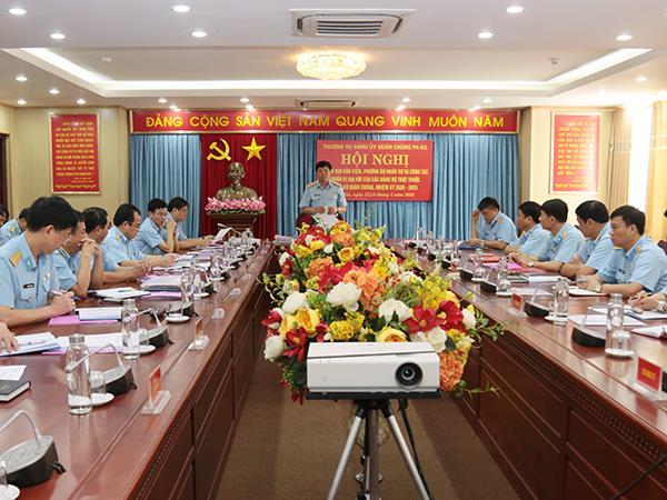 thong-qua-van-kien-phuong-an-nhan-su-va-cong-tac-chuan-bi-dai-hoi-nhiem-ky-2020-2025-cua-cac-dang-bo-cap-tren-truc-tiep-co-so