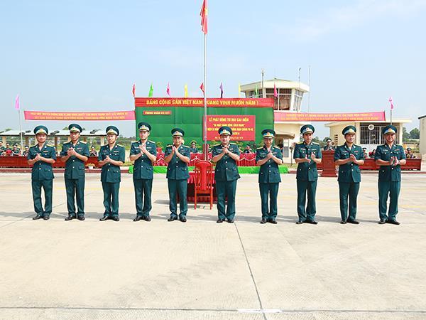 """trung-doan-927-phat-dong-thi-dua-cao-diem-""""55-ngay-hanh-dong-cach-mang"""""""