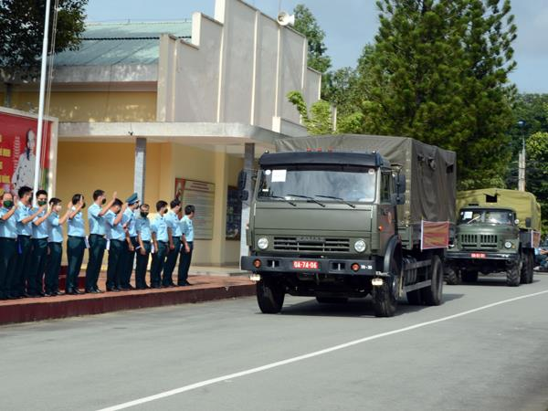 trung-doan-935-xuat-quan-ho-tro-tinh-dong-nai-phong-chong-dich-covid-19