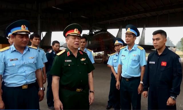 tuoi-tre-trung-doan-935-hoc-tap-va-lam-theo-guong-bac