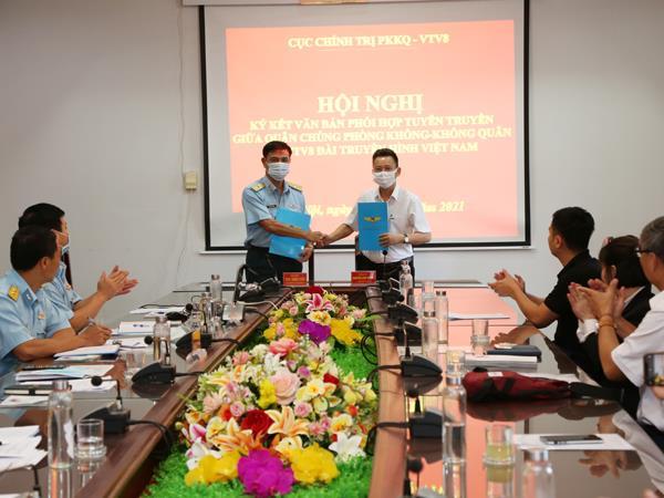 vtv8-va-quan-chung-phong-khong-khong-quan-ky-ket-van-ban-phoi-hop-tuyen-truyen-giai-doan-2021-2025